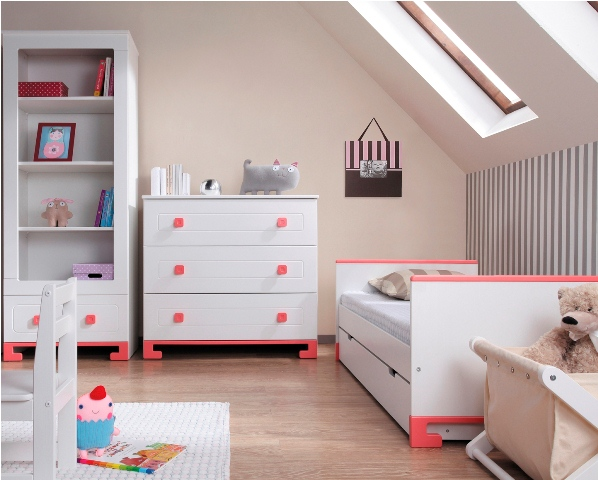 Pinio rose fille 5 meubles lit commode armoire 2 for Chambre bebe complete evolutive