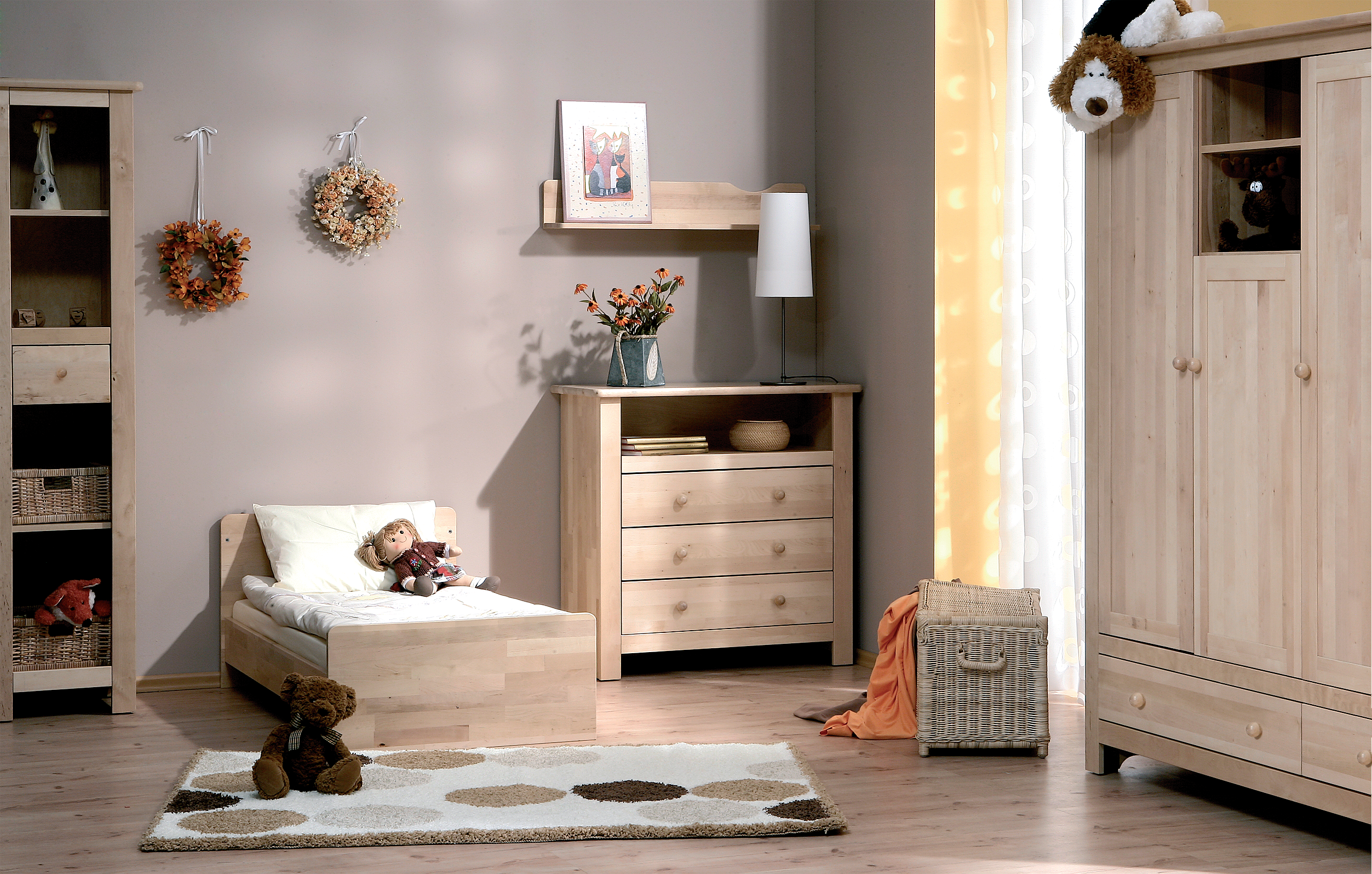 organiser chambre petite fille avec des id es int ressantes pour la conception de. Black Bedroom Furniture Sets. Home Design Ideas
