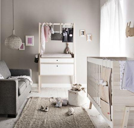 Baby vox spot baby 2 meubles lit 140x70 commode avec - Chambre bebe complete evolutive ...