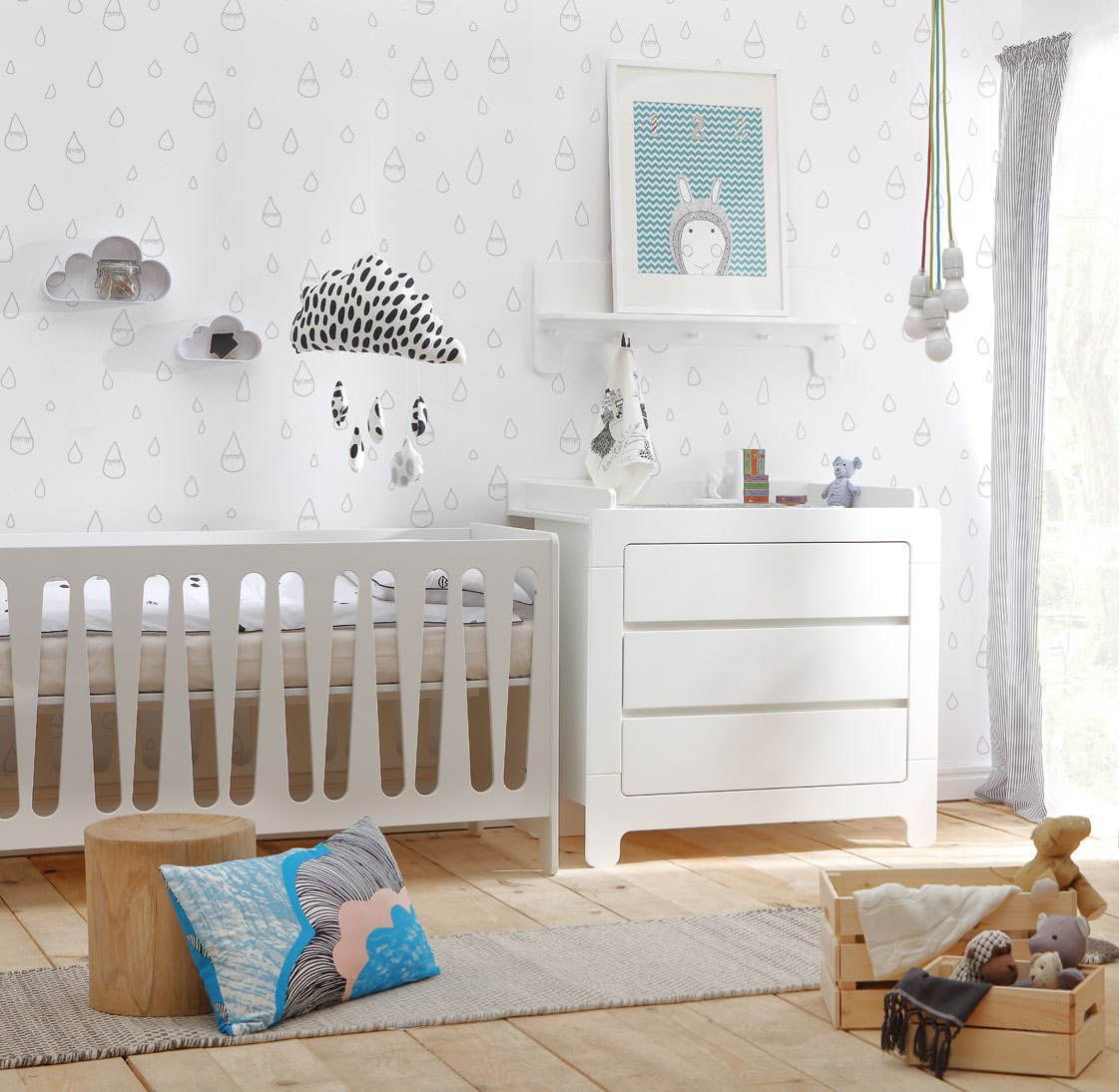 pinio moon lit 140x70 avec 1 tiroir 1 barri re offerte baby boutique en ligne. Black Bedroom Furniture Sets. Home Design Ideas