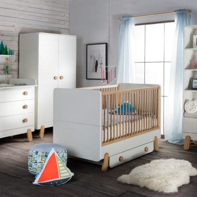 chambre b b et volutive compl te au style nature baby. Black Bedroom Furniture Sets. Home Design Ideas