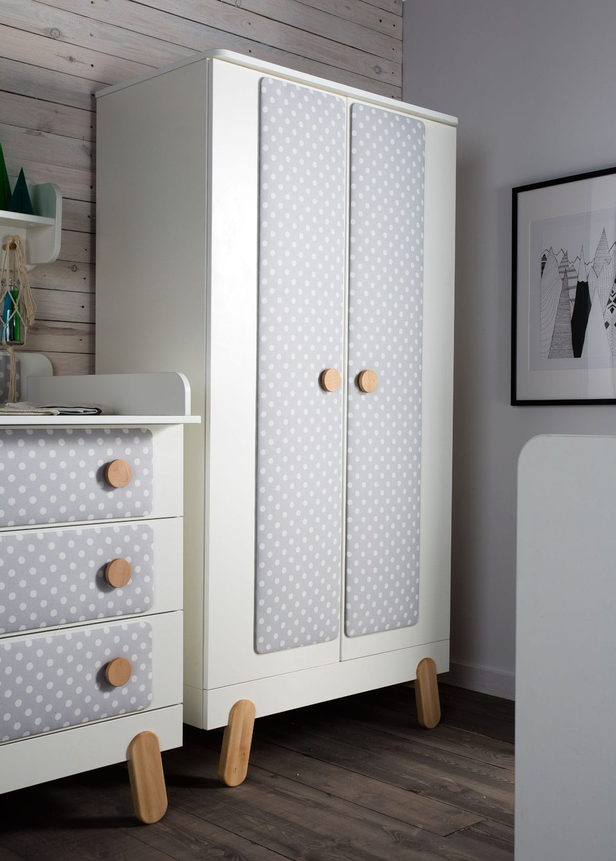 pinio iga textile 6 meubles lit 140x70 commode armoire 2 portes grande biblioth que. Black Bedroom Furniture Sets. Home Design Ideas
